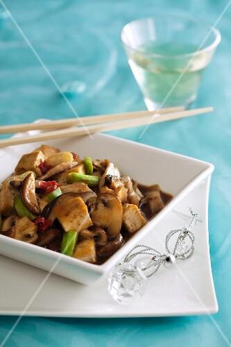 Fried Chinese mushrooms and tofu