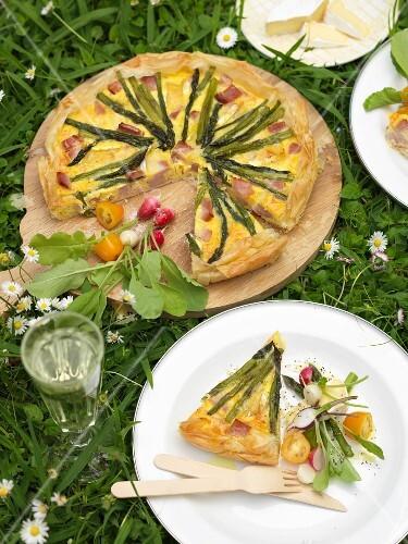 Asparagus and ham tart