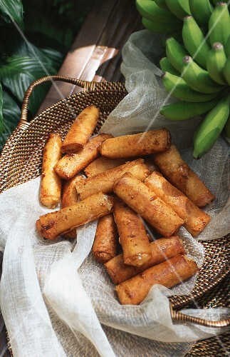 Deep fried bananas (Philippines)