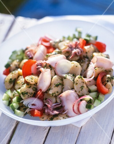 Squid salad with white beans