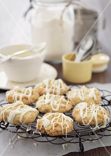 Cornflake biscuits with white chocolate glaze