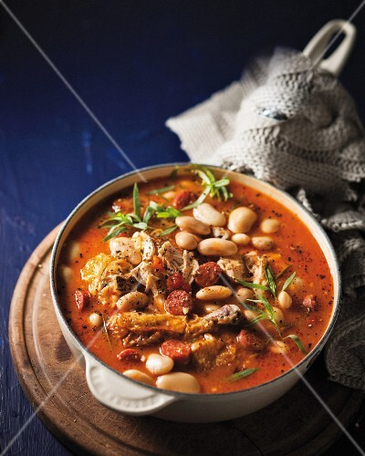 Bean stew with chicken and sausages