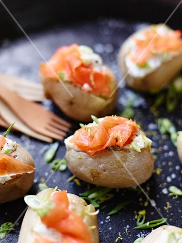 Stuffed baked potatoes with smoked salmon
