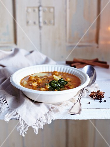 Winter chickpea soup