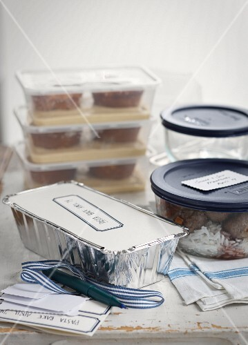 Various frozen meals in containers