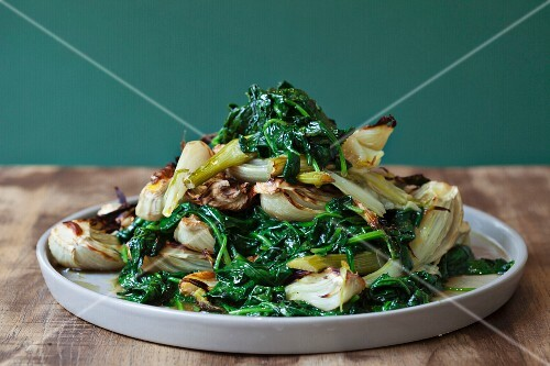 Sautéed spinach with fennel