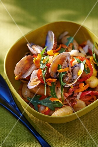 Clams with peppers, gnocchi, chorizo and rocket