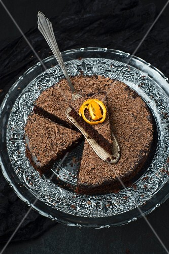 Chocolate orange cake with ganache