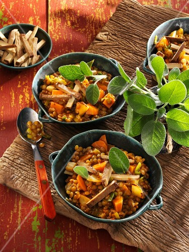 Provençal lentil stew with sage and smoked tofu