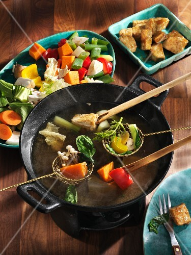 Chinese fondue with vegetables
