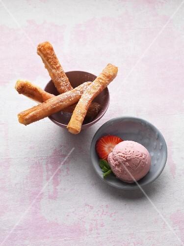 Crispy rhubarb sticks with strawberry ice cream