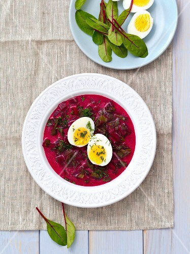 Young beetroot leaf soup with egg