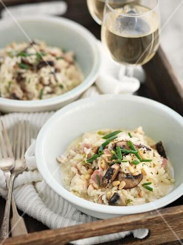 Risotto with mushrooms and pine nuts