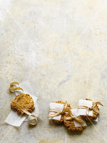 Anzac biscuits as a gift