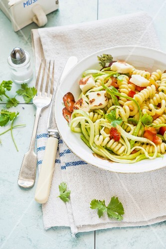 Fusilli salad with courgette spirals