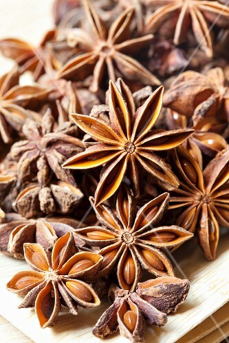 A pile of star anise (close-up)