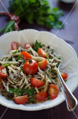 Trofie al pesto di olive nere (pasta with black with pesto, Italy)