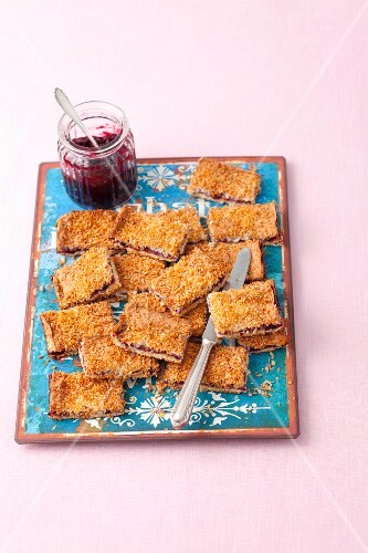 Coconut slices with jam