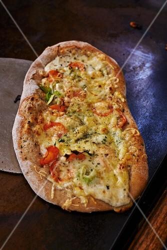 Dinnele (tarte flambée) with vegetables