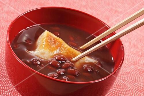 Sweet kidney bean soup (Japan)