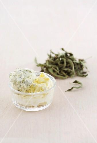 Verbena and vanilla ice cream