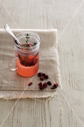 Cranberry punch with thyme