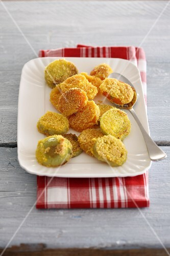 Breaded and fried green tomato slices