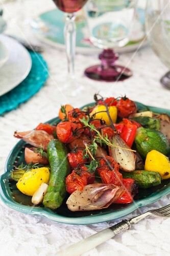 Roasted vegetables with garlic and thyme