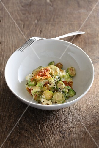Brussels sprouts with pancetta and goat's cheese