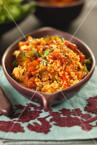 Spicy couscous with peppers