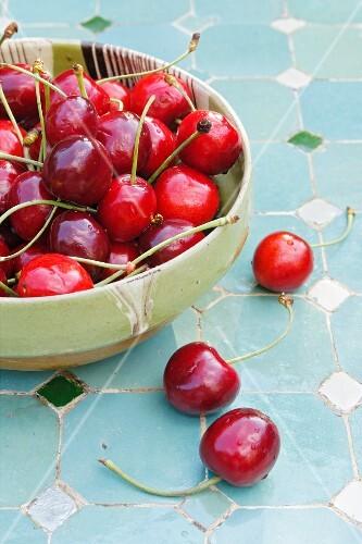 Cherries in a bowl.
