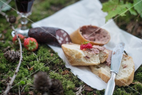 Baguette with liver sausage and red sausage
