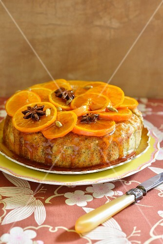 Polenta cake with poppy seeds and oranges