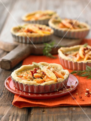 Exotic carrot quiches
