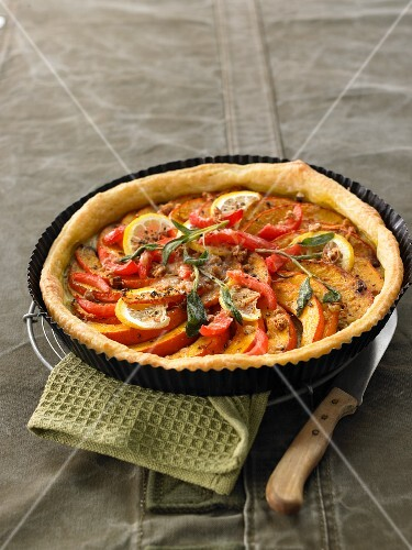Pumpkin and tomato tart with a Sbrinz cheese and amaretti crust