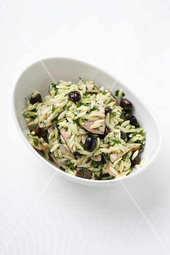 Rice salad with olives