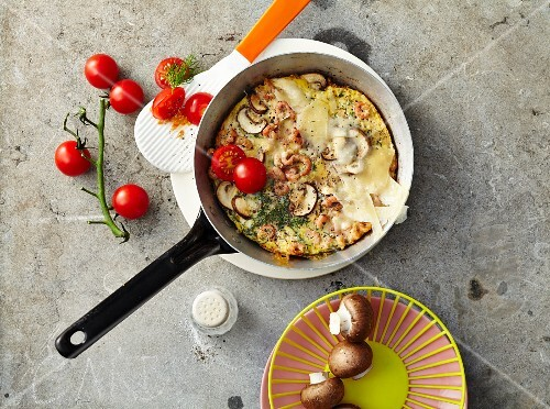 Fried mushrooms and shrimps with Parmesan cheese