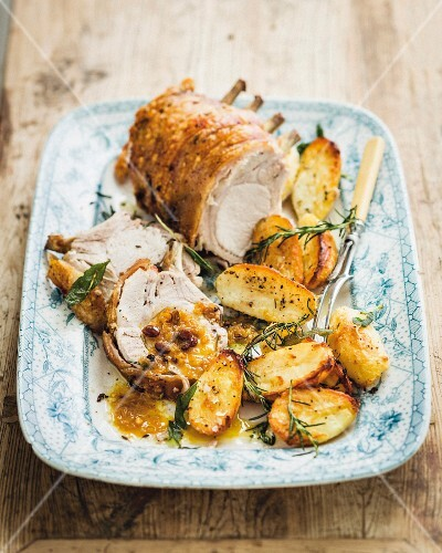 Rack of roast chops with rosemary potatoes