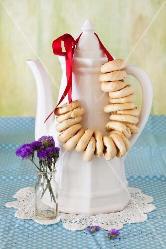 Sushki (Russian tea cookies) with poppy seeds
