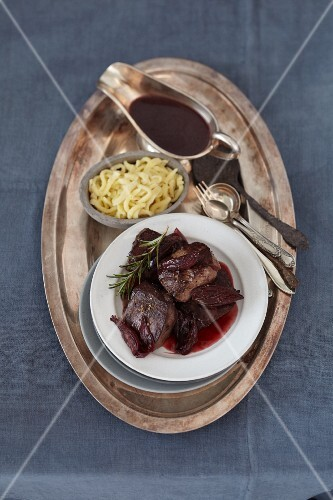 Roast venison medallions with fruit sauce and Spätzle (soft egg noodles from Swabia)