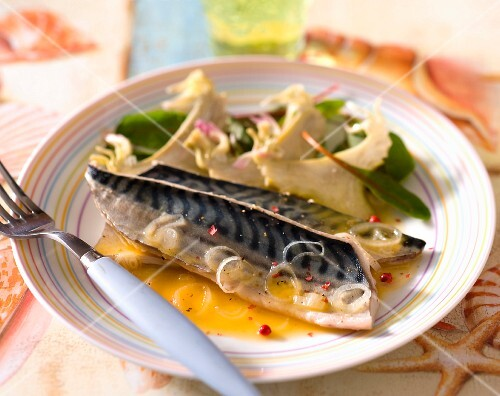 Mackerel with artichokes