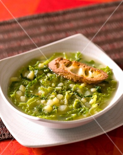 Kale soup with savoy cabbage