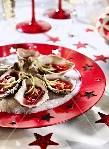 Oysters with pomegranate jelly
