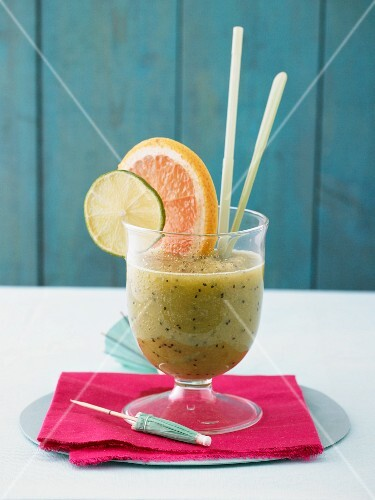 A kiwi and ginger smoothie