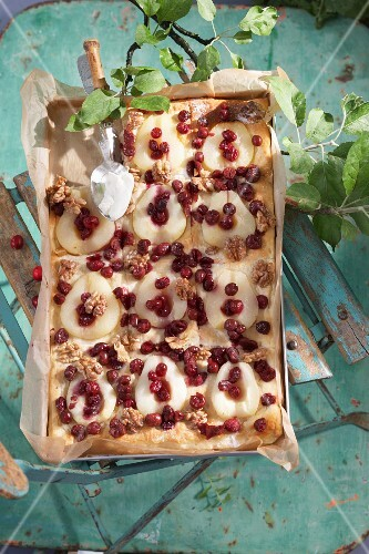 Pear cake with cranberries and walnuts