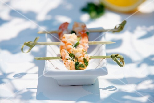 Grilled king prawns with coriander