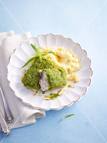 Chord with a herb crust and mashed potatoes