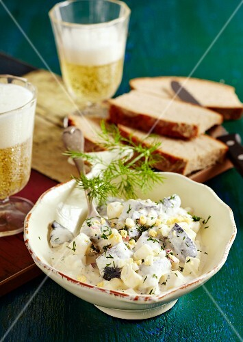 Kiel herring salad with potatoes, apple and dill