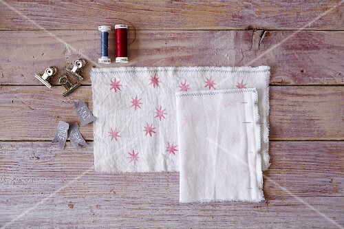 Homemade fabric bags for Christmas biscuits
