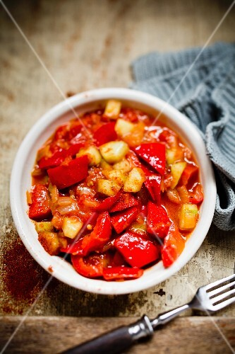 A pepper medley with cucumber